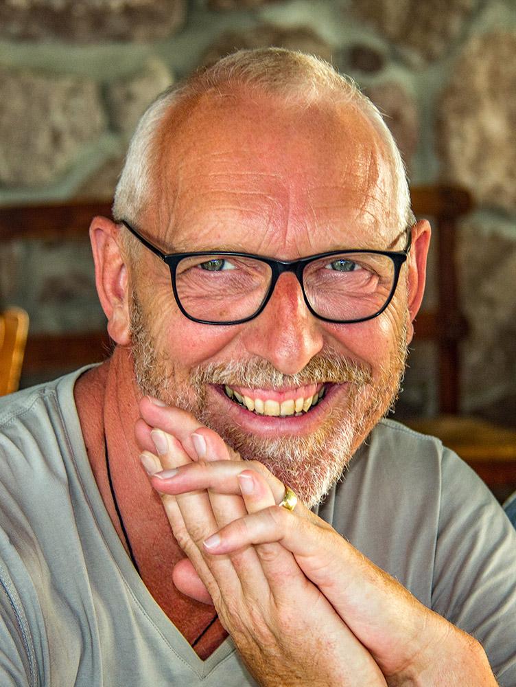Klaus Güth - Portrait